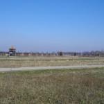 Blick von außen auf Auschwitz II
